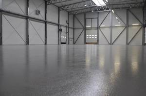 Quarzcolor Mono epoxy floor in covering technology.