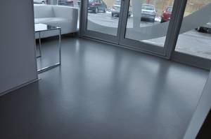 Duro polyurethane & cement floor in rooms exposed to continuous contact with water (food industry).